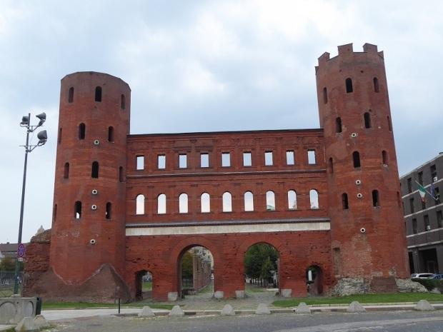 186. Porta Palatina