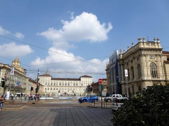 282. Piazza Castello