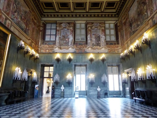 304. Palacio Real