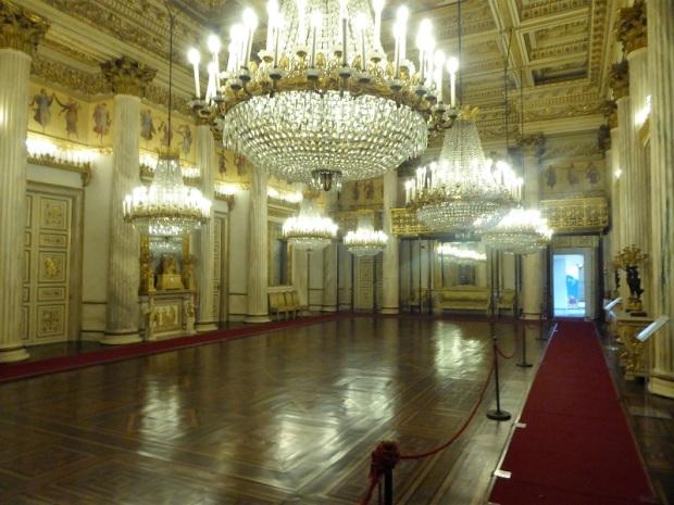 327. Palacio Real