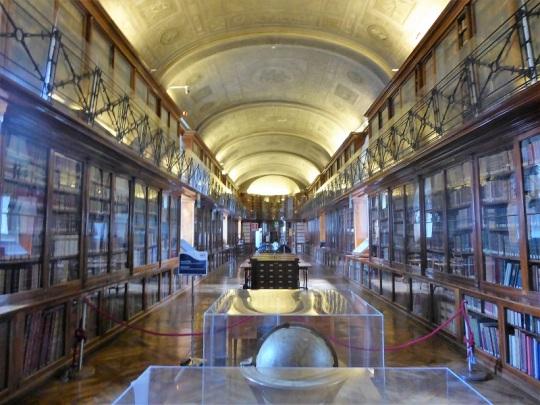 371. Biblioteca Real