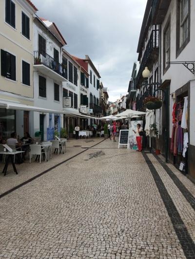 413. Funchal