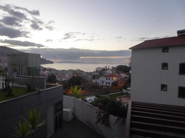 430. Funchal. Hotel. Amanecer