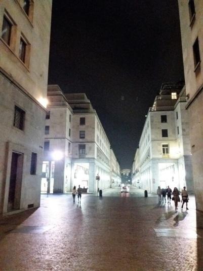 449. Via Roma