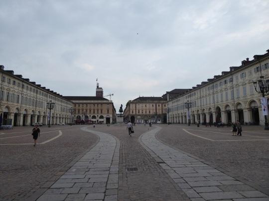 451. Piazza San Carlo
