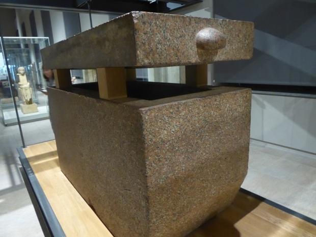 59. Museo Egipcio. Sarcófago de Duaenre