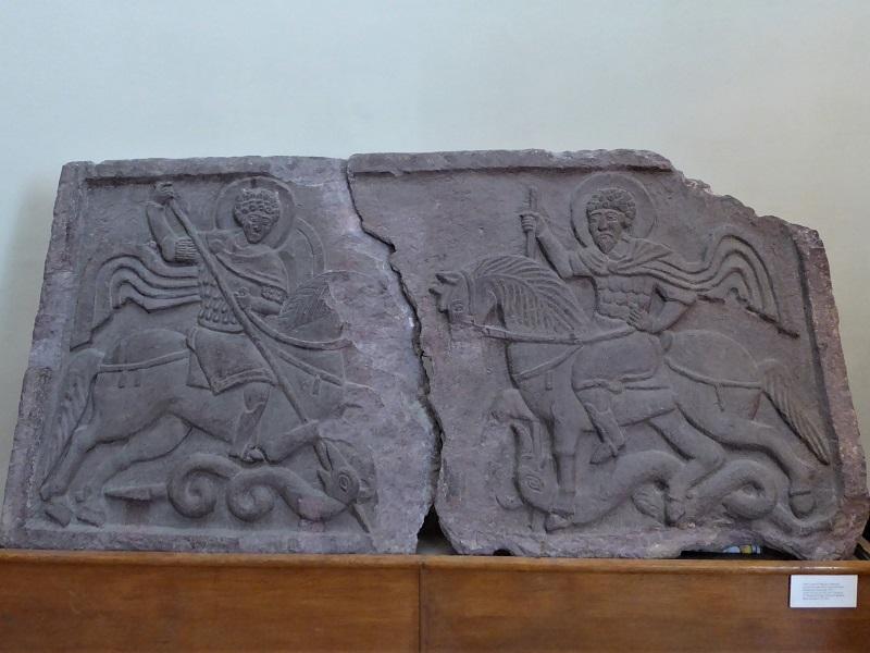 171. Catedral de Santa Sofía. San Jorge y el caballero Teodoro. XII