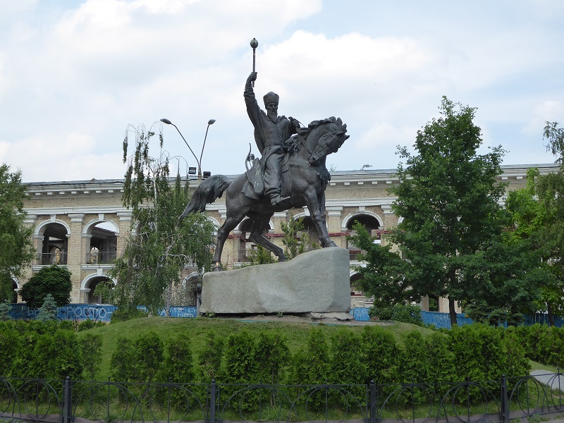376. Monumento a Pedro Sahaidachnoho