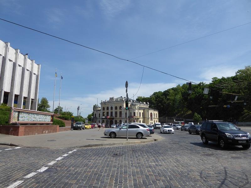 80. Plaza Europea